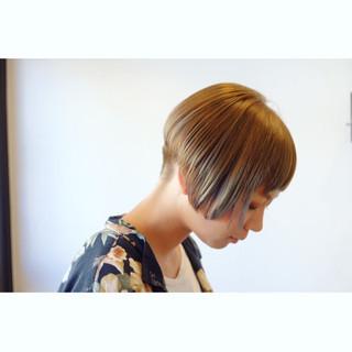 モード ベリーショート 刈り上げ ショート ヘアスタイルや髪型の写真・画像