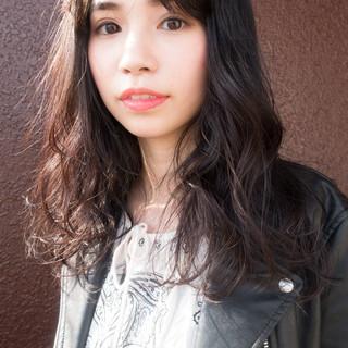 ナチュラル可愛い 簡単ヘアアレンジ 抜け感 アンニュイほつれヘア ヘアスタイルや髪型の写真・画像