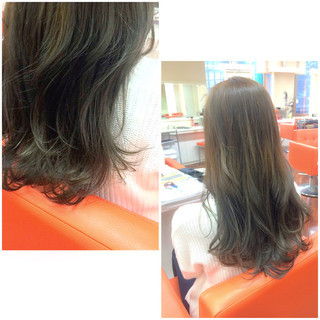 ロング ガーリー ハイライト グレージュ ヘアスタイルや髪型の写真・画像