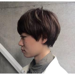 ストリート マッシュ ショート アッシュグレージュ ヘアスタイルや髪型の写真・画像