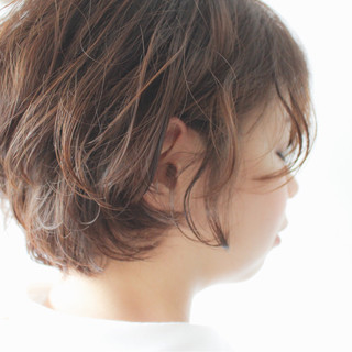 抜け感 ナチュラル グレージュ パーマ ヘアスタイルや髪型の写真・画像