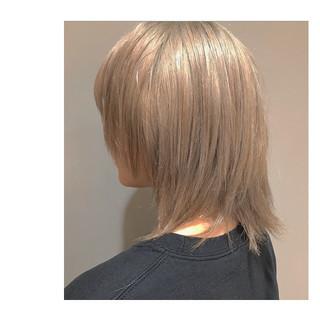 ハイトーン ミディアム ストリート ブロンドカラー ヘアスタイルや髪型の写真・画像