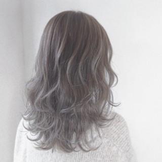 透明感 アッシュ 外国人風カラー アッシュグレー ヘアスタイルや髪型の写真・画像