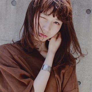 前髪あり ピュア モード 暗髪 ヘアスタイルや髪型の写真・画像 ヘアスタイルや髪型の写真・画像