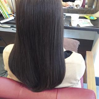 ナチュラル 暗髪 カーキアッシュ 冬 ヘアスタイルや髪型の写真・画像