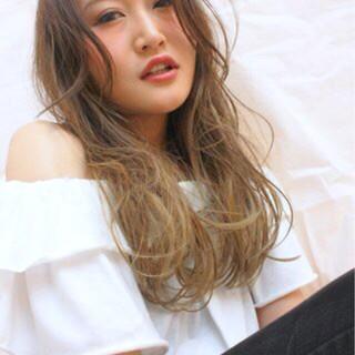ストリート くせ毛風 グラデーションカラー 外国人風 ヘアスタイルや髪型の写真・画像