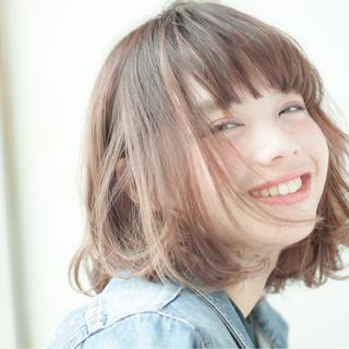 パーマ 簡単 大人かわいい レイヤーカット ヘアスタイルや髪型の写真・画像