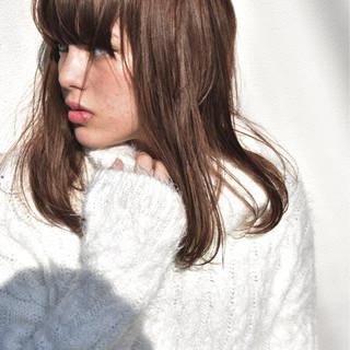 ストリート 外国人風 グレージュ ウェットヘア ヘアスタイルや髪型の写真・画像