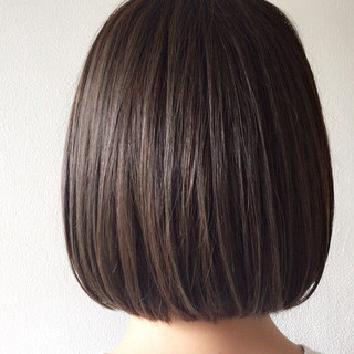 ブルージュ 切りっぱなし ストレート ナチュラル ヘアスタイルや髪型の写真・画像 ヘアスタイルや髪型の写真・画像