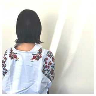 外ハネ 暗髪 ブルージュ ナチュラル ヘアスタイルや髪型の写真・画像 ヘアスタイルや髪型の写真・画像