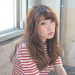 外国人風 ナチュラル 大人かわいい 波ウェーブ ヘアスタイルや髪型の写真・画像