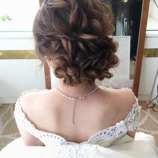 結婚式ヘアアレンジ セミロング おしゃれさんと繋がりたい ゆるナチュラル ヘアスタイルや髪型の写真・画像