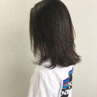 切りっぱなし ナチュラル ロブ 外ハネ ヘアスタイルや髪型の写真・画像