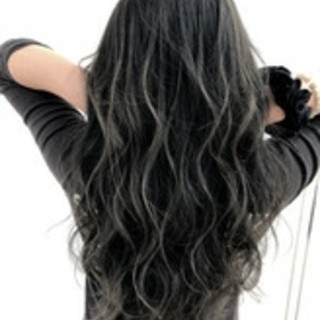 ロング エレガント グレージュ 3Dハイライト ヘアスタイルや髪型の写真・画像