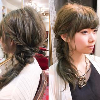 ハーフアップ ミディアム 簡単ヘアアレンジ ヘアアレンジ ヘアスタイルや髪型の写真・画像