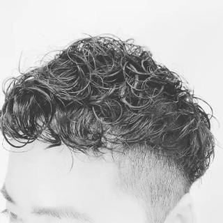 メンズカジュアル メンズヘア ナチュラル ショート ヘアスタイルや髪型の写真・画像