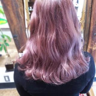 ピンク ハイトーン ベージュ ラベンダーアッシュ ヘアスタイルや髪型の写真・画像