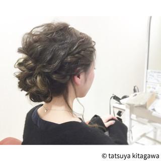 ゆるふわ アップスタイル インナーカラー フェミニン ヘアスタイルや髪型の写真・画像