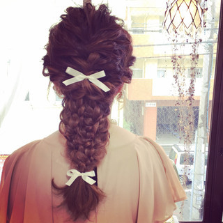 三つ編み 大人かわいい 編み込み ロング ヘアスタイルや髪型の写真・画像 ヘアスタイルや髪型の写真・画像
