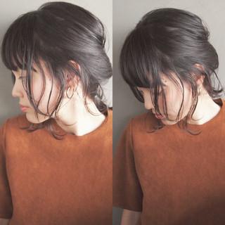 簡単ヘアアレンジ ショート ミディアム 大人かわいい ヘアスタイルや髪型の写真・画像