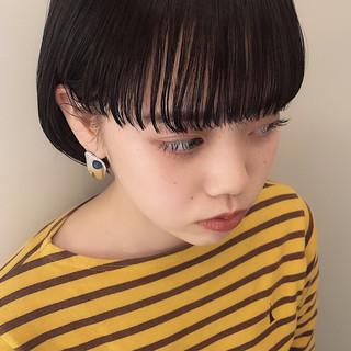 モード ショートヘア 黒髪ショート ミニボブ ヘアスタイルや髪型の写真・画像