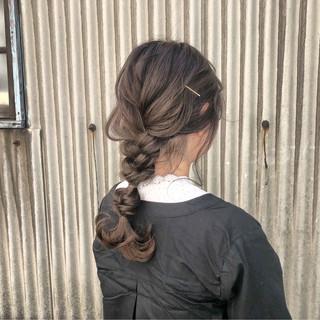 簡単ヘアアレンジ ヘアアレンジ スモーキーカラー ロング ヘアスタイルや髪型の写真・画像