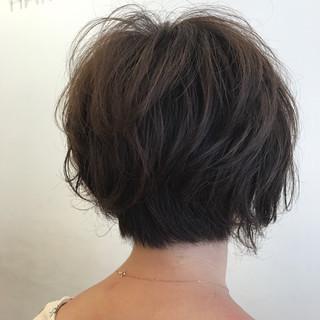 パーマ ボブ ナチュラル ゆるふわ ヘアスタイルや髪型の写真・画像