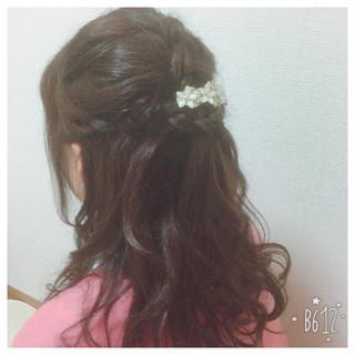 ロング 編み込み フェミニン 謝恩会 ヘアスタイルや髪型の写真・画像
