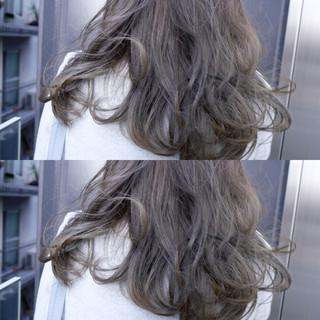 黒髪 セミロング ボブ ハイライト ヘアスタイルや髪型の写真・画像