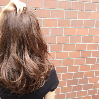 ロング ストリート アッシュ 外国人風 ヘアスタイルや髪型の写真・画像 ヘアスタイルや髪型の写真・画像