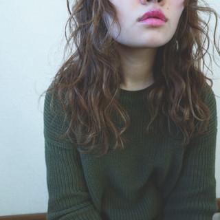 パーマ レイヤーカット ストリート ハイライト ヘアスタイルや髪型の写真・画像
