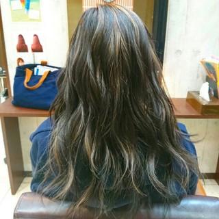ハイライト ロング セミロング ブリーチ ヘアスタイルや髪型の写真・画像