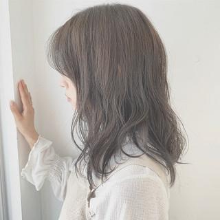 デートヘア グレージュ ナチュラル モテ髪 ヘアスタイルや髪型の写真・画像