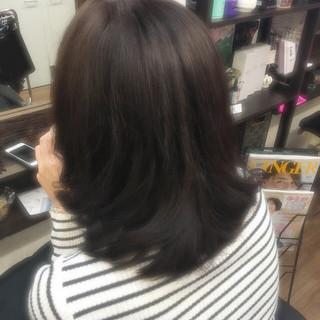 暗髪 ミディアム フェミニン 大人かわいい ヘアスタイルや髪型の写真・画像