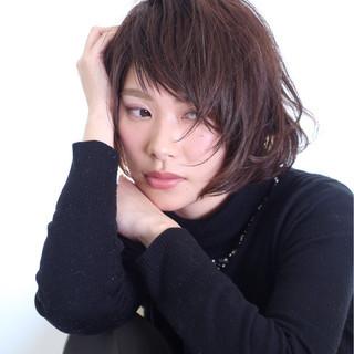 ボブ フェミニン 暗髪 パーマ ヘアスタイルや髪型の写真・画像