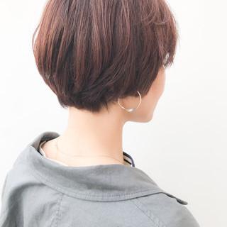 大人かわいい ショート イルミナカラー 丸みショート ヘアスタイルや髪型の写真・画像
