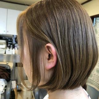 ボブ ストリート 艶カラー ボブヘアー ヘアスタイルや髪型の写真・画像