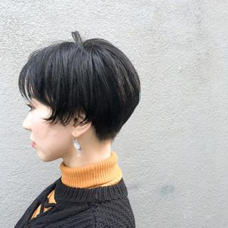 マッシュ 大人かわいい モード 刈り上げ ヘアスタイルや髪型の写真・画像