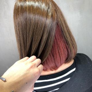 ハイライト 裾カラー インナーカラー赤 ボブ ヘアスタイルや髪型の写真・画像 ヘアスタイルや髪型の写真・画像