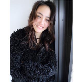 大人女子 暗髪 パーマ ミディアム ヘアスタイルや髪型の写真・画像 ヘアスタイルや髪型の写真・画像