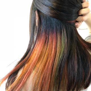 ロング ストリート インナーカラー カラフルカラー ヘアスタイルや髪型の写真・画像