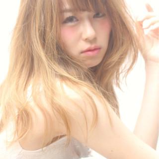 フェミニン 大人女子 ゆるふわ ミルクティー ヘアスタイルや髪型の写真・画像