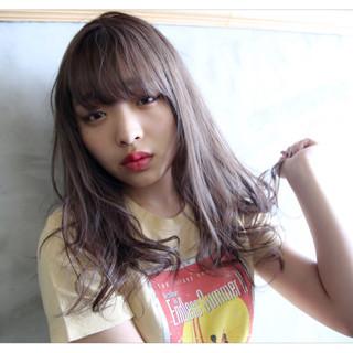 前髪あり レイヤーカット ロング 透明感 ヘアスタイルや髪型の写真・画像