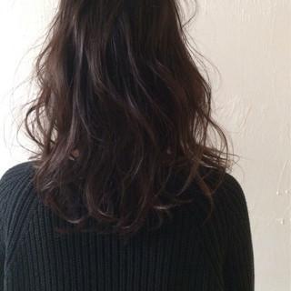 アッシュ セミロング ブラウン 外国人風 ヘアスタイルや髪型の写真・画像