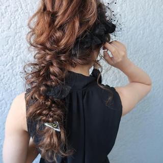 デート ロング ヘアアレンジ 編みおろし ヘアスタイルや髪型の写真・画像