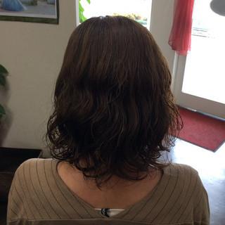 アッシュグレージュ  パーマ ボブ ヘアスタイルや髪型の写真・画像