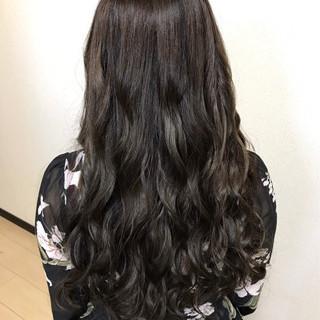 エレガント アッシュグレージュ ロング 女子会 ヘアスタイルや髪型の写真・画像
