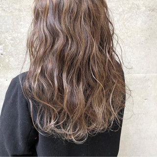 外国人風カラー ロング ストリート グラデーションカラー ヘアスタイルや髪型の写真・画像