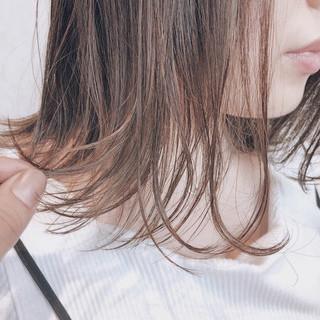 シアーベージュ ボブ ブラウンベージュ 前髪なし ヘアスタイルや髪型の写真・画像