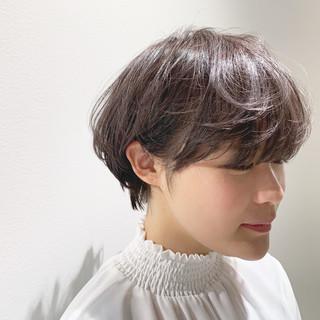ショート ハンサムショート ショートボブ 小顔 ヘアスタイルや髪型の写真・画像 ヘアスタイルや髪型の写真・画像